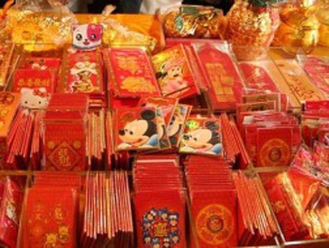 """Dân Trung Quốc """"méo mặt"""" vì Tết"""