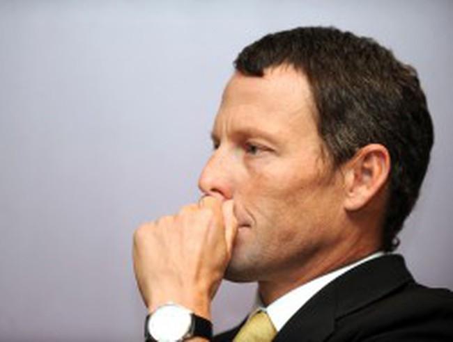 Lance Armstrong kiếm được hơn 218 triệu USD