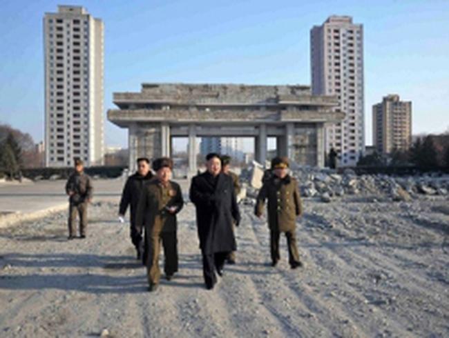 Triều Tiên vinh danh hơn 11.000 nhà khoa học hạt nhân