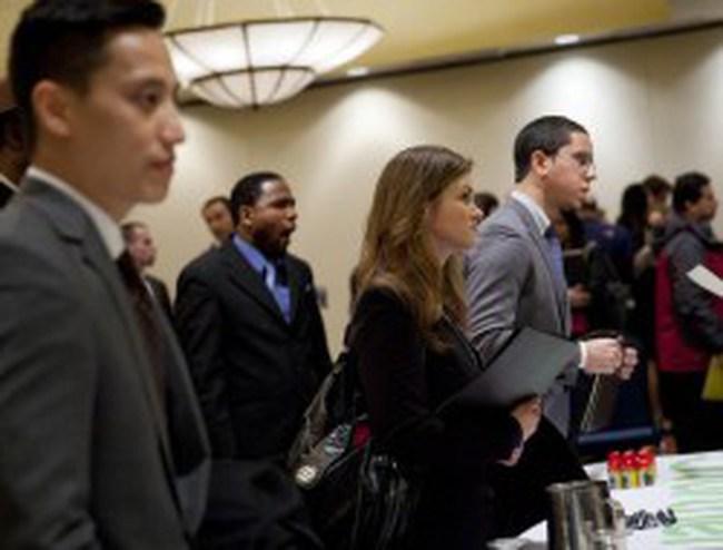 Mỹ: Số đơn xin trợ cấp thất nghiệp cao nhất 4 tháng