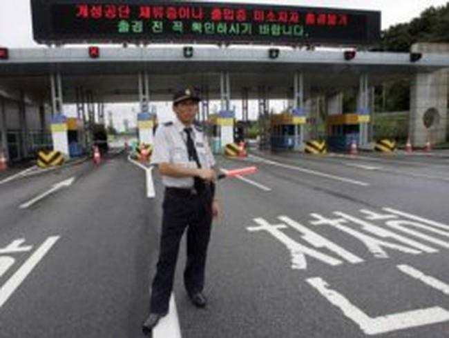 Triều Tiên điều xe bọc thép bao vây khu công nghiệp Kaesong