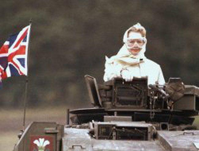 Những hình ảnh oai phong của cựu Thủ tướng Anh Margaret Thatcher