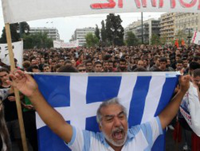 Đức nợ Hy Lạp hàng tỷ euro?