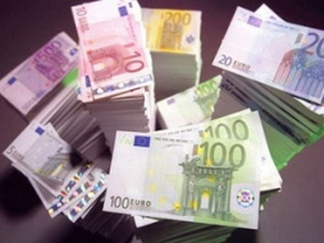 EU: Thất thu thuế tương đương GDP Tây Ban Nha