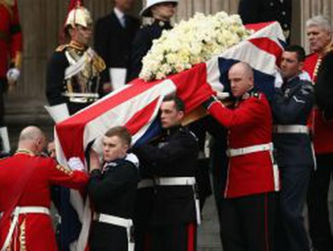 """Nước Anh đưa tang """"Bà đầm thép"""" Margaret Thatcher"""