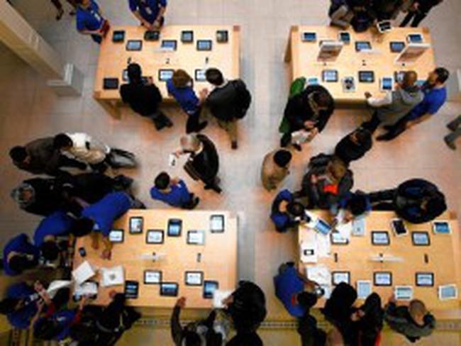 Lợi nhuận của Apple giảm lần đầu tiên trong một thập kỷ