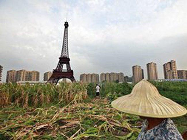 """Paris hóa """"thành phố ma"""" ở Trung Quốc"""