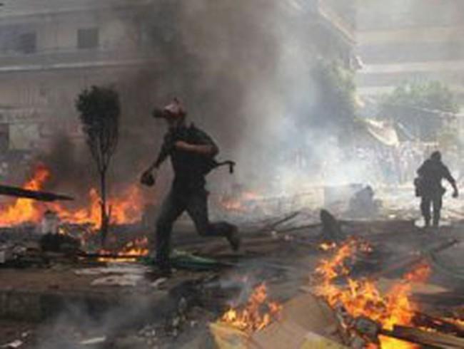 Gần 500 người chết vì bạo động tại Ai Cập