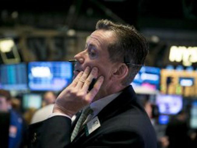 Phố Wall giảm điểm vì đồn đoán Fed giảm kích thích