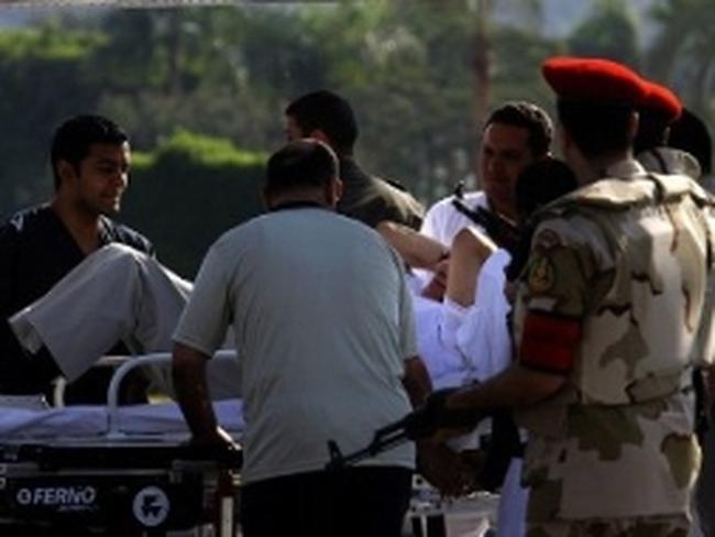 Cựu Tổng thống Ai Cập Hosni Mubarak lại nhập viện