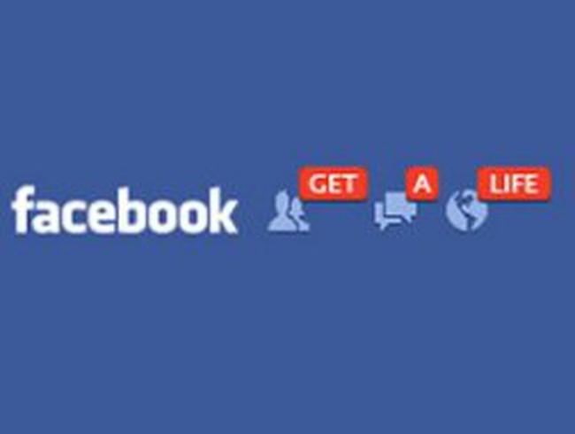 Facebook làm giảm niềm vui?