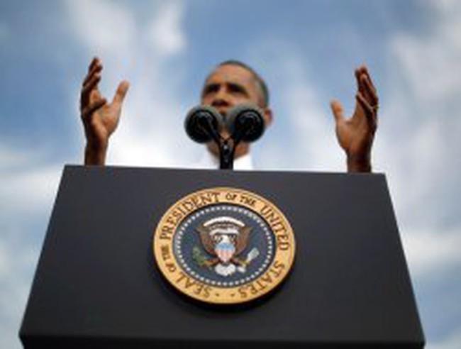 Tổng thống Mỹ ở nhà lo đối nội