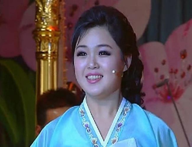 Những bí ẩn về thân thế vợ Kim Jong-un