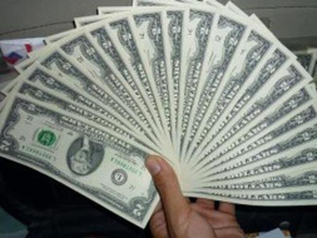 Dự đoán Fed kích thích đến tháng 3, đồng USD thấp nhất 8 tháng