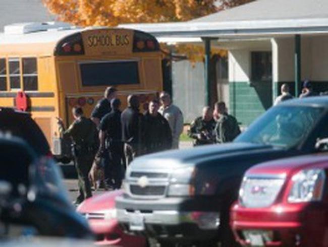 Rúng động học sinh bắn chết thầy giáo ở Mỹ