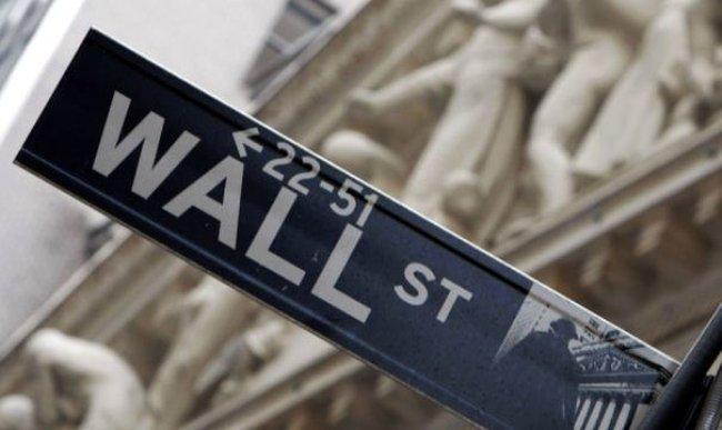 Chờ đợi báo cáo GDP, phố Wall giảm điểm