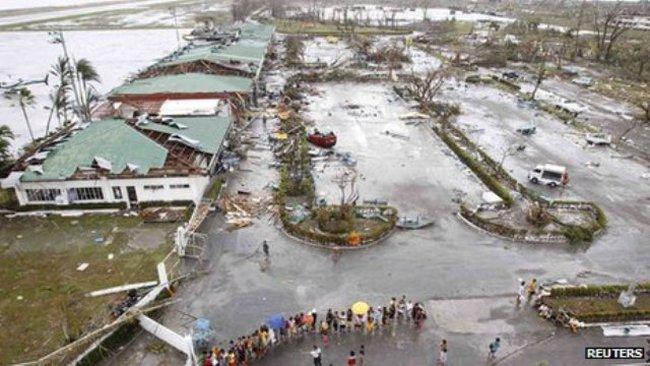 Philippines: Sân bay Tacloban mở cửa trở lại