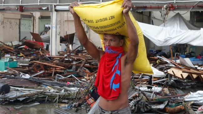 Cướp kho gạo ở Philippines, 8 người chết