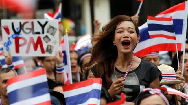 Thái Lan: biểu tình chuyển sang mục tiêu mới