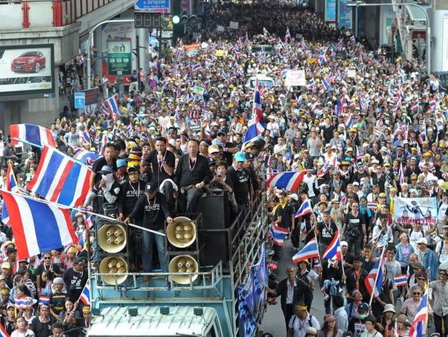 Thái Lan: Người biểu tình xông vào trụ sở Bộ Tài chính