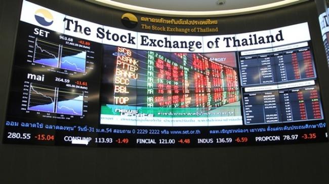 Dòng vốn ồ ạt tháo chạy khỏi Thái Lan