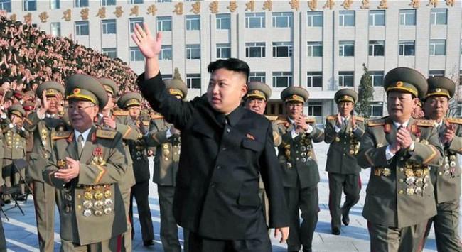 """Kim Jong-un: """"Ngôi sao"""" truyền thông năm 2013"""