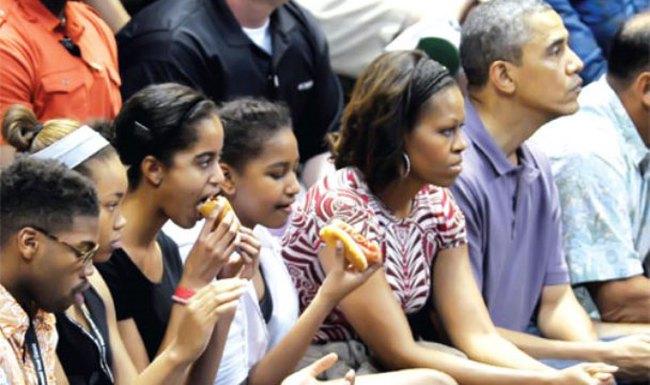 Kỳ nghỉ cuối năm hơn 4 triệu USD của gia đình Obama