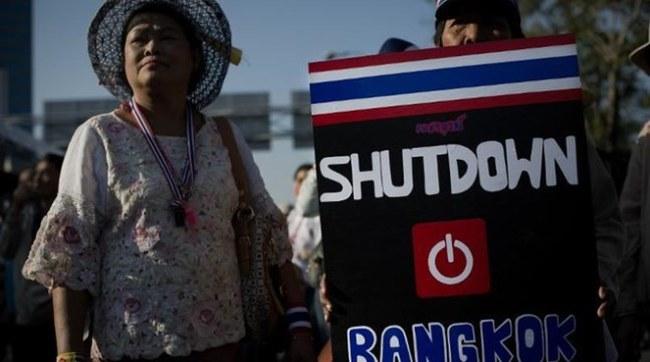 """Bà Yingluck có thể đã phải """"trốn"""" vào Bộ Quốc phòng"""