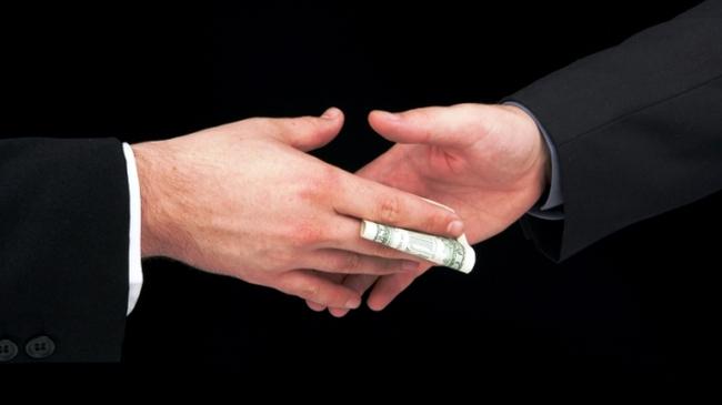 Malaysia: muốn kinh doanh phải đưa hối lộ