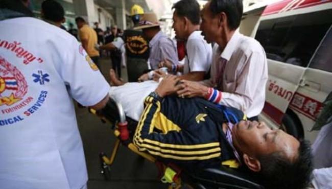Thái Lan cân nhắc ban bố tình trạng khẩn cấp