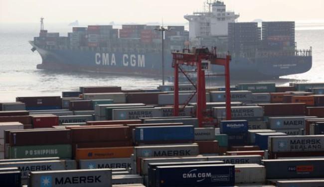 Số liệu xuất nhập khẩu Trung Quốc gây bất ngờ