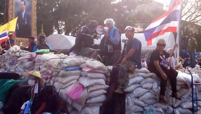 Cảnh sát trấn áp người biểu tình ở Thái Lan