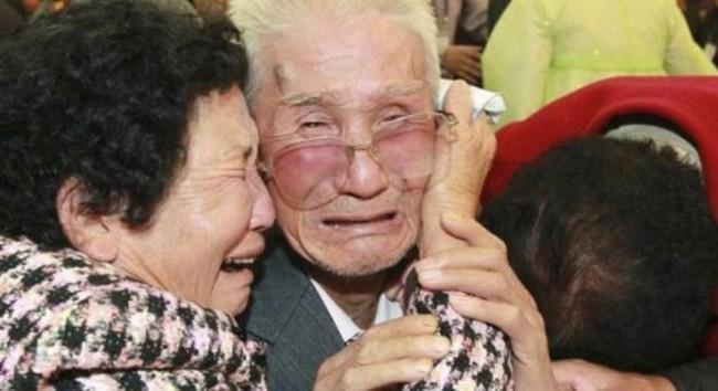 Hơn 100 người Hàn Quốc sang Triều Tiên