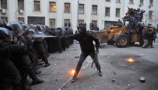 Liên minh châu Âu họp khẩn về tình hình Ukraine