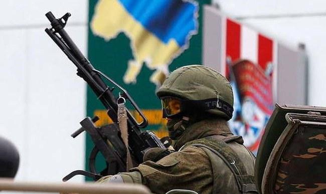 Đoàn xe quân sự Nga ào ạt tiến về thủ phủ của Crimea
