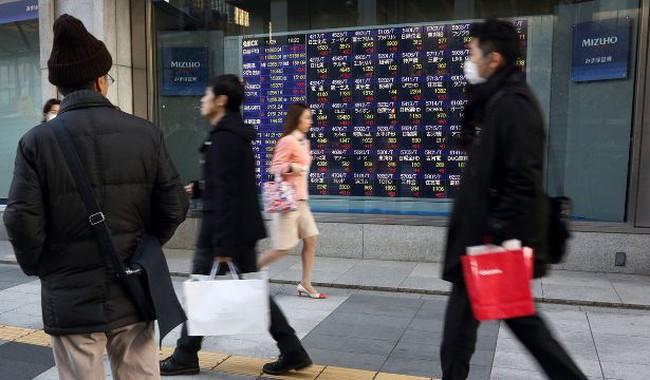 Chứng khoán châu Á lao dốc vì Ukraine và PMI Trung Quốc