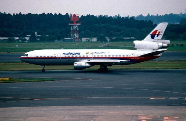 Cổ phiếu Malaysia Airlines tụt 10% sau vụ máy bay mất tích