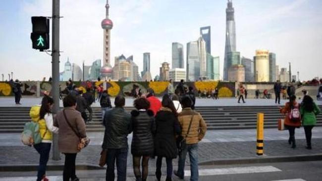 Giới phân tích đồng loạt hạ dự báo tăng trưởng Trung Quốc