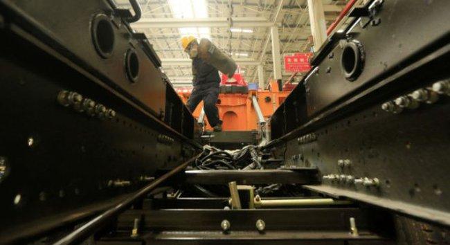 PMI Trung Quốc bất ngờ sụt giảm