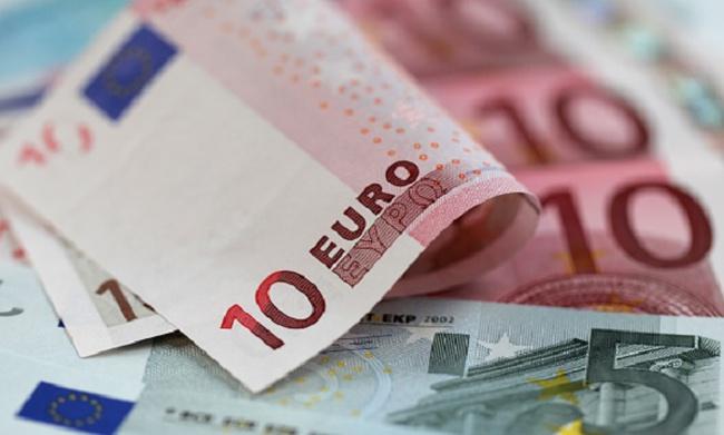 EU sẽ rót 850 triệu euro cho Ukraine trong 3 tháng tới