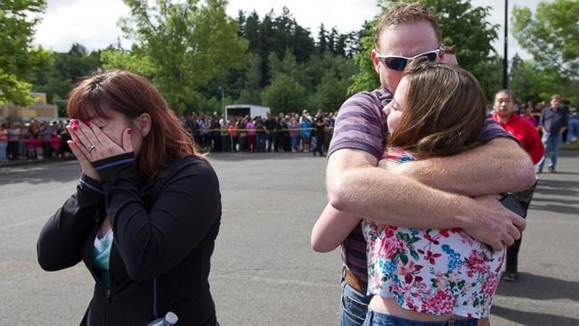 Xả súng ở trường trung học Mỹ: 2 người chết
