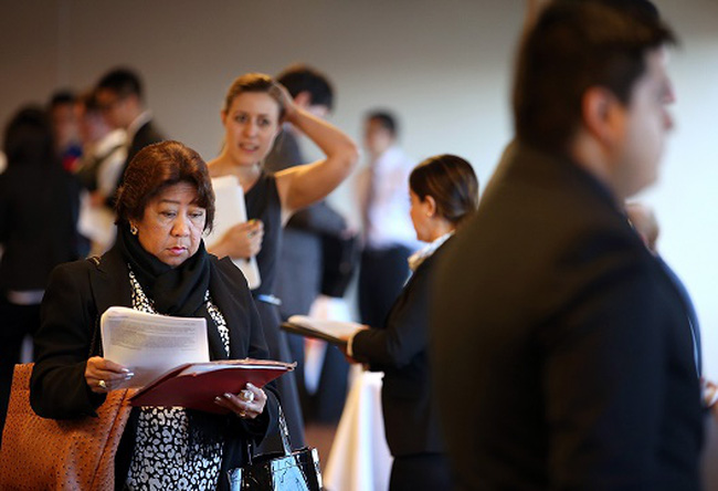 Mỹ: Số đơn xin trợ cấp thất nghiệp tăng mạnh hơn dự báo