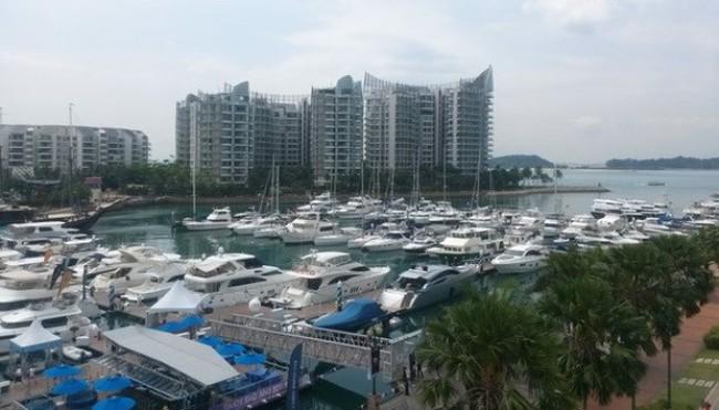 105.000 người Singapore có thu nhập trên 1 triệu USD