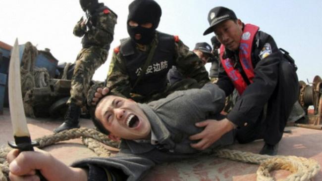 Trung Quốc bắt giữ gần 400 người tại khu tự trị Tân Cương
