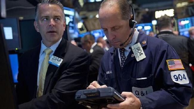 Wells Fargo: Chứng khoán Mỹ sẽ giảm thêm 10%