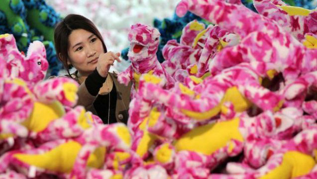 Trung Quốc: Thặng dư thương mại cao kỷ lục