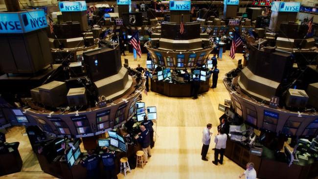 Cổ phiếu năng lượng chặn đà tăng của phố Wall