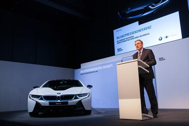 Lợi nhuận BMW Group tăng gần 30% trong quý II