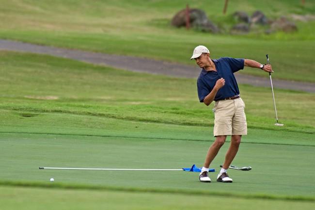 Ông Obama bị chỉ trích vì chơi golf sau vụ James Foley
