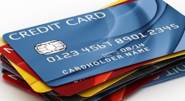 Thẻ ngân hàng ở Mỹ: Nhiều nhất, lạc hậu nhất